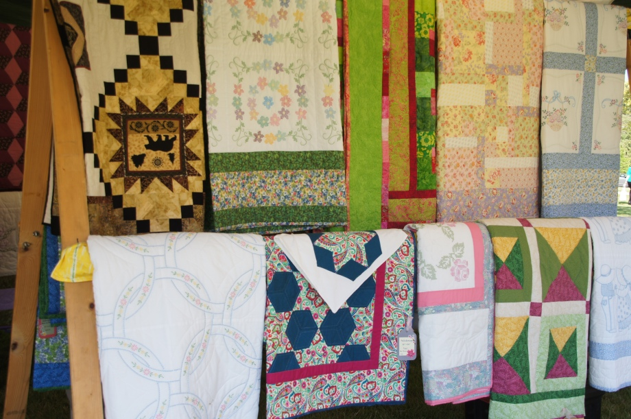 Quilters table 2013 Annual Diiner